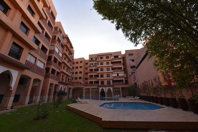 Remise spéciale de20 pour cent  pour duplex résidence avec piscine et espace vert, place parking offerte titré